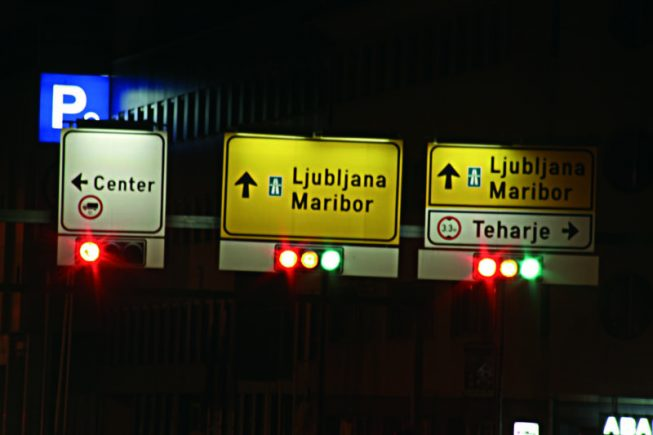 Cestna in javna razsvetljava - Semaforji